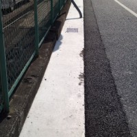 平岡町 2号線 福山通運の前の溝に溝蓋を設置