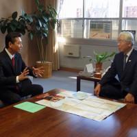 井戸知事と県政について語る