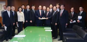 平成25年1月21日(月)太田国土交通大臣に要望
