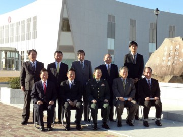 1.常任委員会で陸上自衛隊の高等工科学校を視察