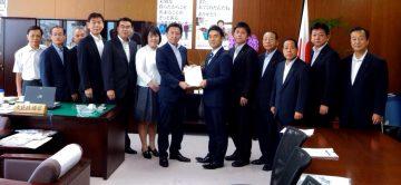 平成28年9月21日(水) 矢倉農林水産大臣政務官に農業の施設貸与制度の創設などについて要望
