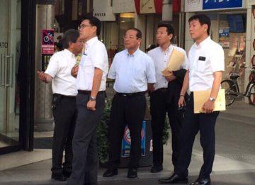 平成29年8月24日(木) 会派で高松市の丸亀商店街を視察